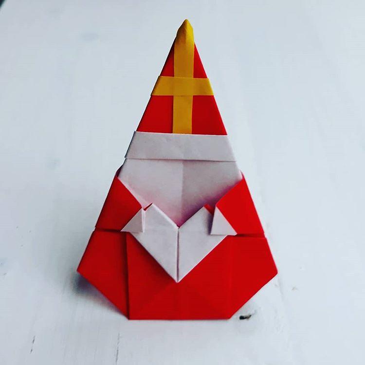 Origami Sinterklaas